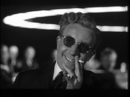 Doctor Strangelove-Teléfono rojo volamos a Moscú